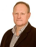 Remigiusz Sowiński – kierownik techniczno-administracyjny - Fot-01-13x18-72-154x200