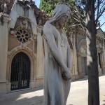 """""""Kiedy odwiedzasz nowe miasto lub kraj idź na początku na lokalny cmentarz, one mówią najwięcej o mieszkańcach"""" - El cementerio de Montjuïc"""